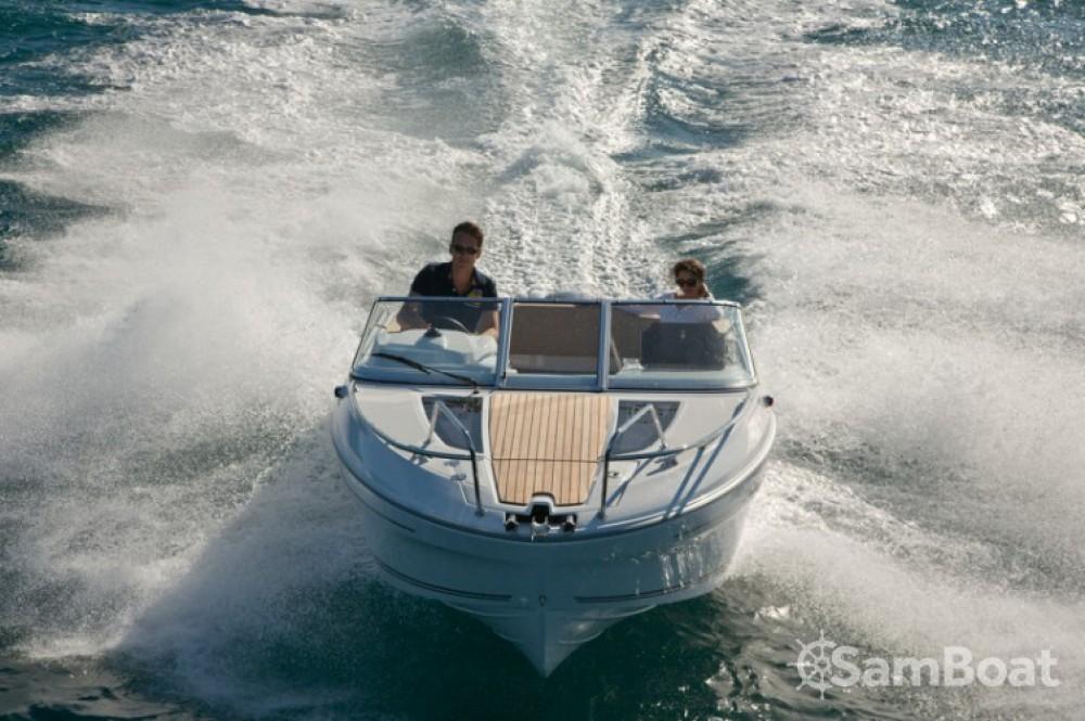 Alquiler de yate La Rochelle - Jeanneau Cap Camarat 635 DC en SamBoat