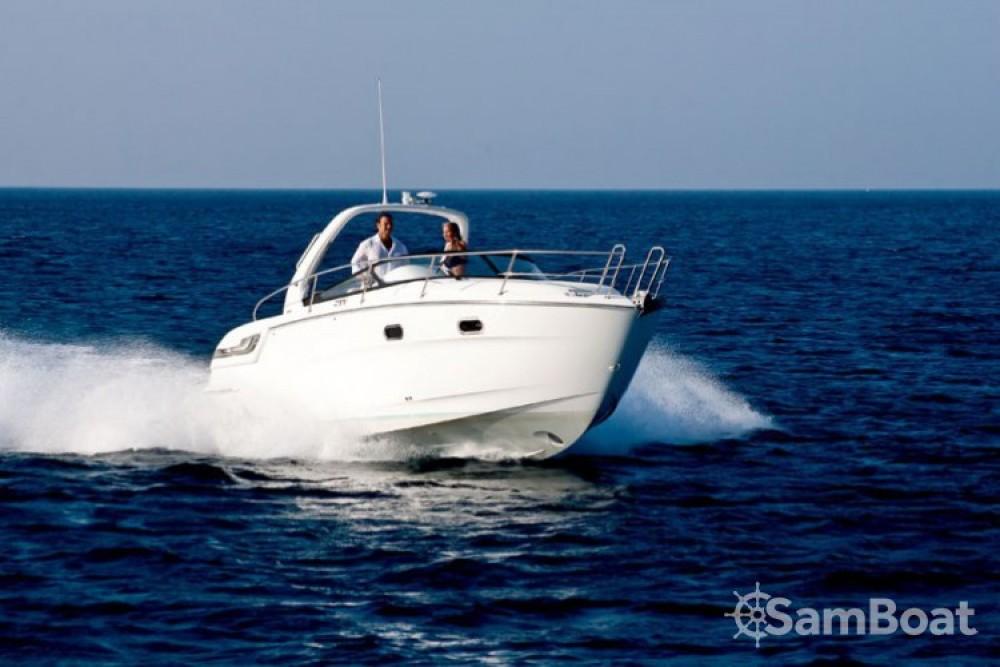 Alquiler de barcos Bavaria Sport 28 enMarina Punat en Samboat
