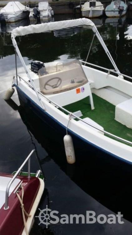 Languedoc-Marine SILVER-FISH entre particuliers et professionnel à Parentis-en-Born