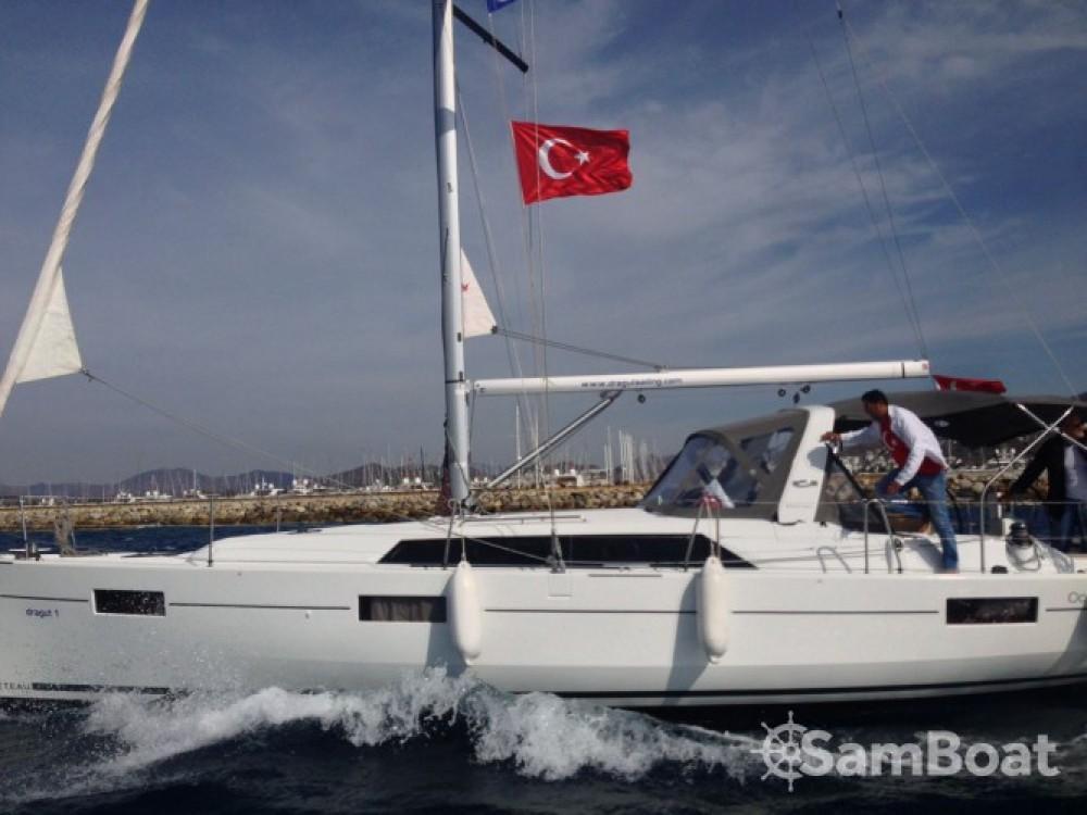 Alquiler de barcos Bénéteau Oceanis 41.1 enMuğla en Samboat