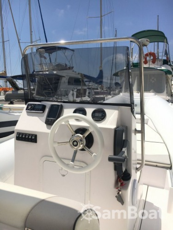 Alquiler de barcos Selva Selva D680 enSaint-Laurent-du-Var en Samboat