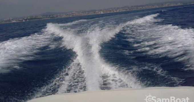 Location yacht à Mandelieu-la-Napoule - Monterey Monterey 214 FS sur SamBoat