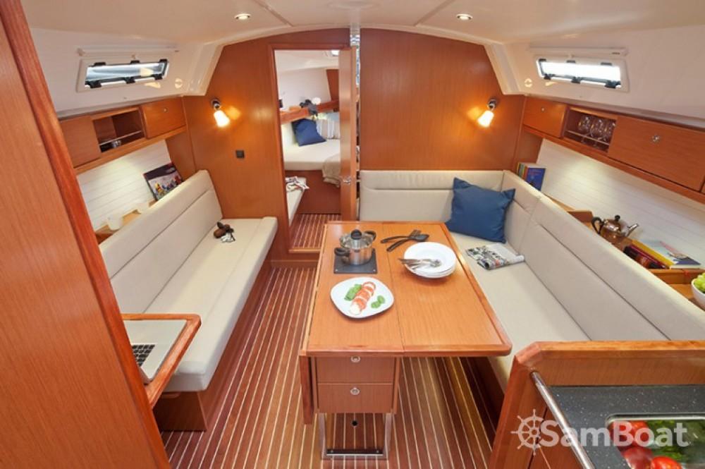 Alquiler de yate Šibenik - Bavaria Cruiser 36 en SamBoat