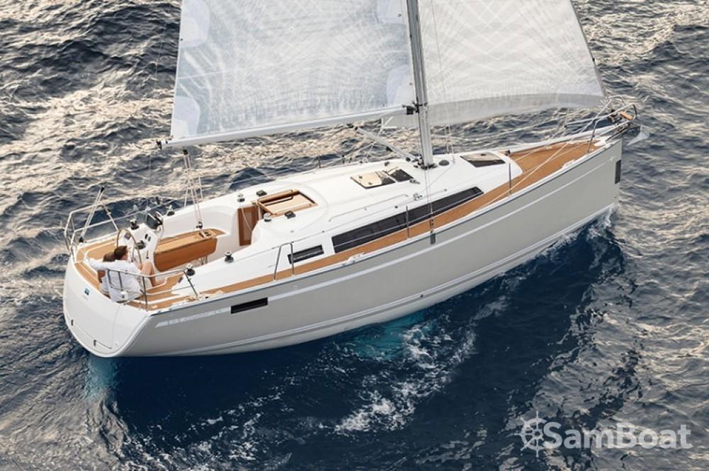 Alquiler de barcos Šibenik barato de Cruiser 33