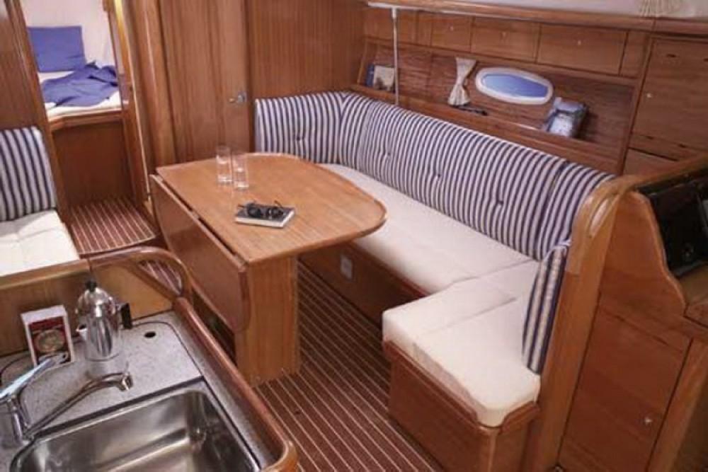 Yacht-Charter in Marina Šangulin - Bavaria Cruiser 37 auf SamBoat