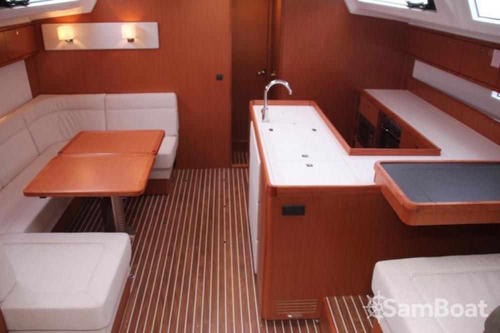 Alquiler de barcos Croacia barato de Cruiser 56