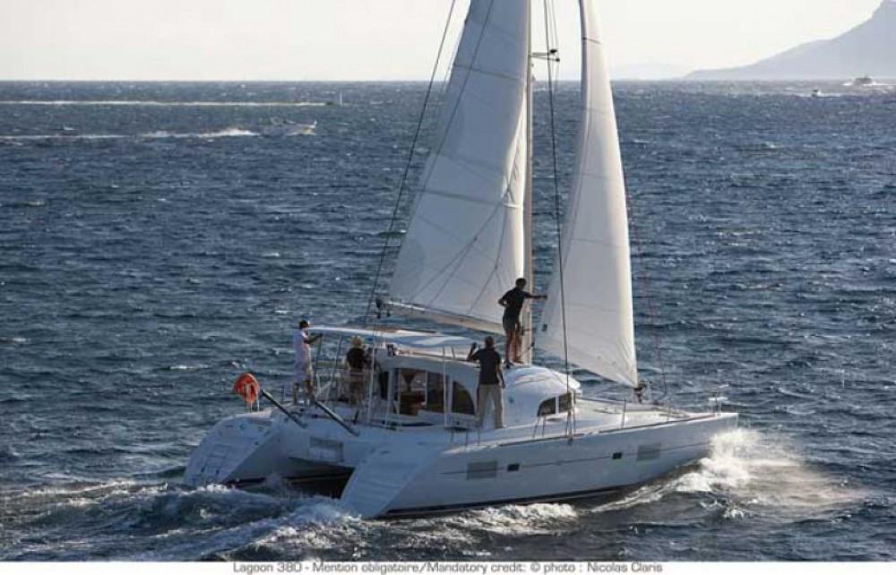 Alquiler de barcos Lagoon Lagoon 380 S2 enTrogir en Samboat