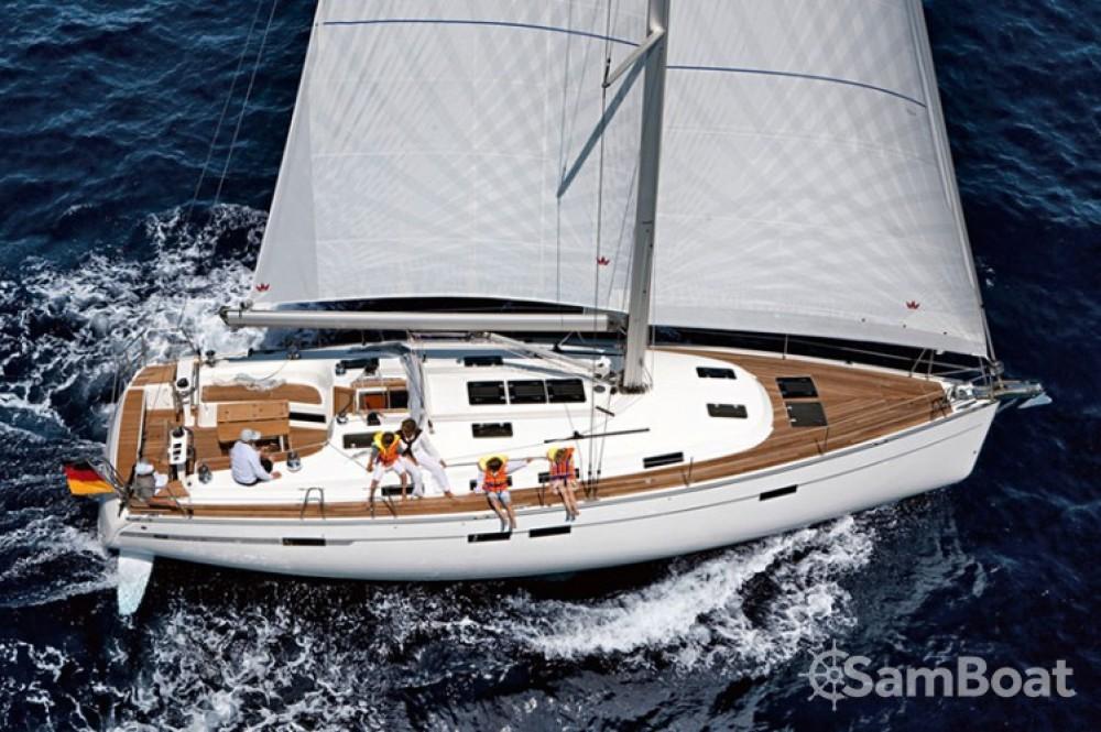 Alquiler de Bavaria Cruiser 45 en Trogir
