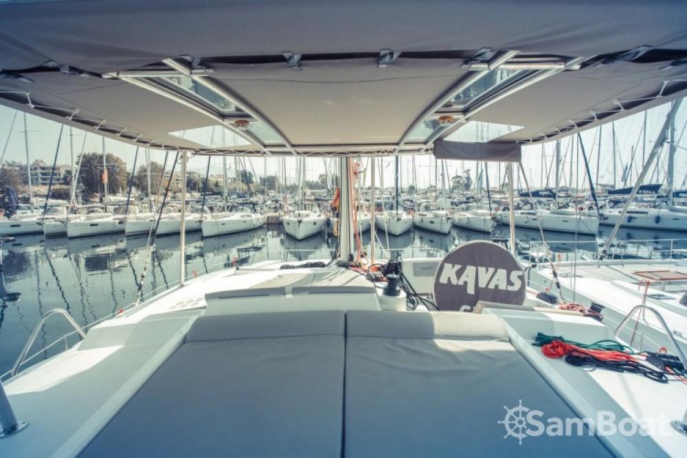 Bootsverleih Catana Bali 4.0 - 4 + 2 cab. Lefkada Samboat