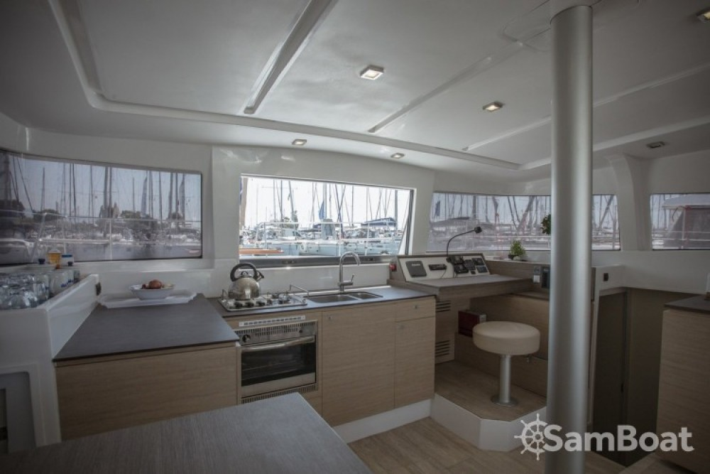 Yacht-Charter in Lefkada - Catana Bali 4.0 - 4 + 2 cab. auf SamBoat