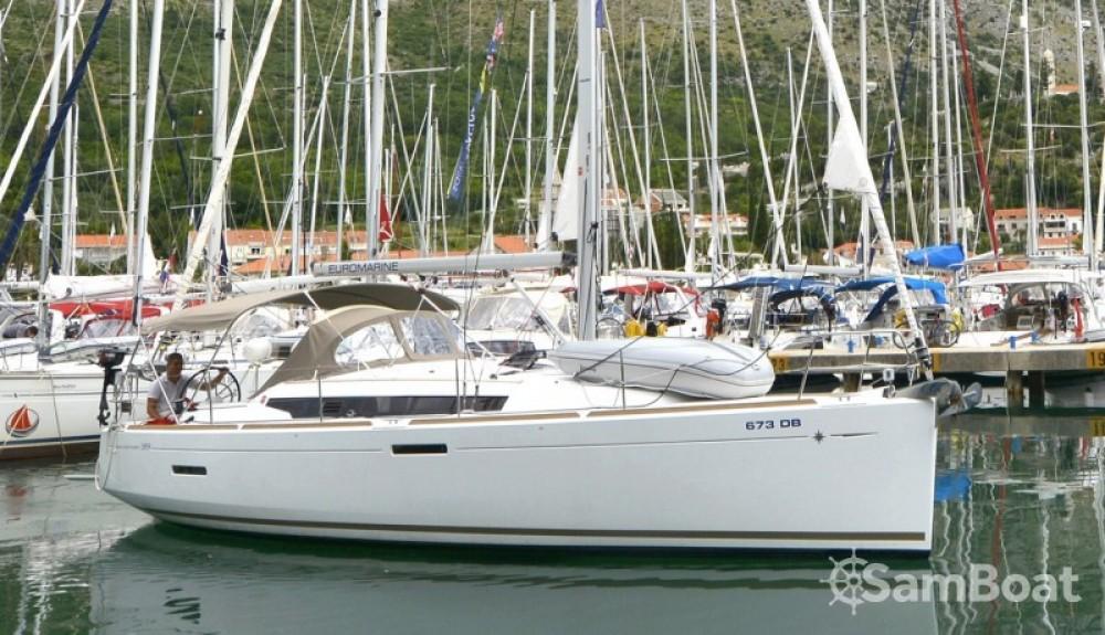 Jeanneau Sun Odyssey 389 entre particuliers et professionnel à Croatie