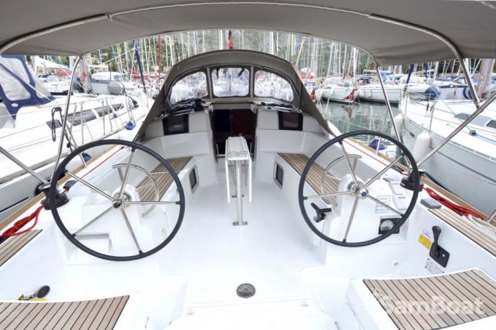 Location bateau Jeanneau Sun Odyssey 389 à Croatie sur Samboat