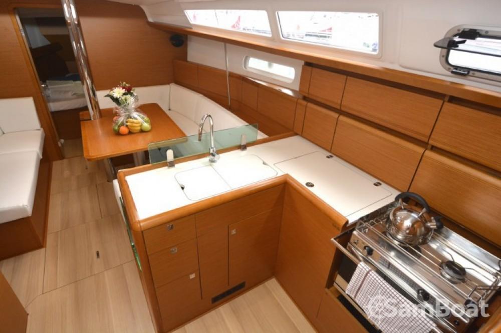 Location yacht à Croatie - Jeanneau Sun Odyssey 389 sur SamBoat