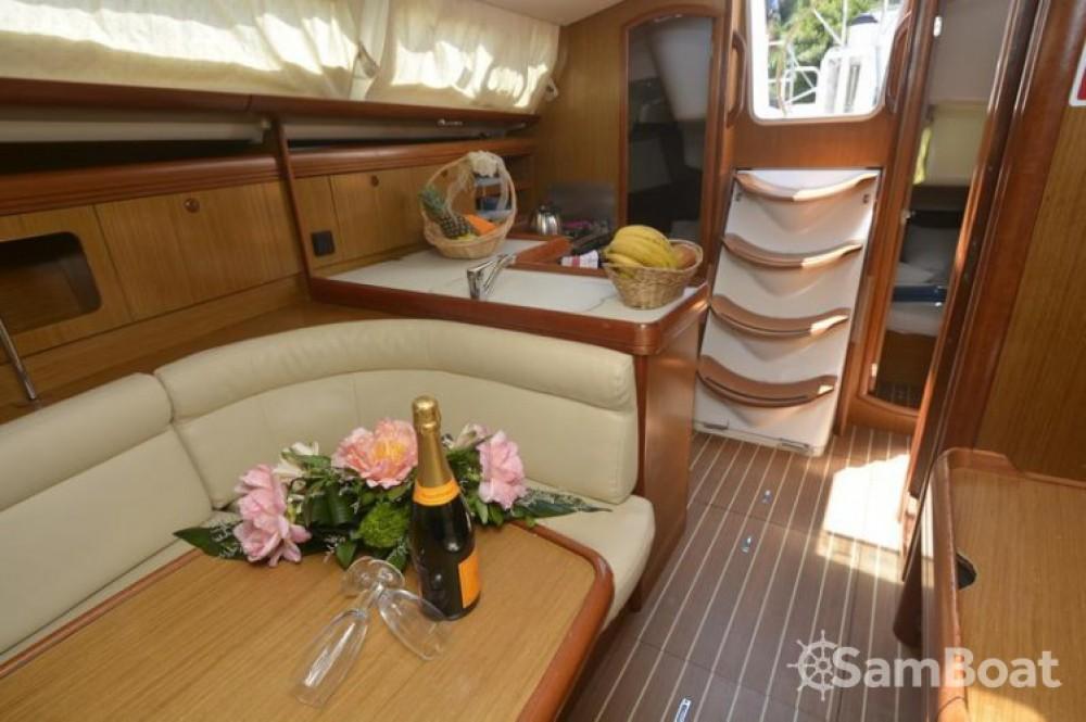 Location bateau Jeanneau Sun Odyssey 36i à Croatie sur Samboat