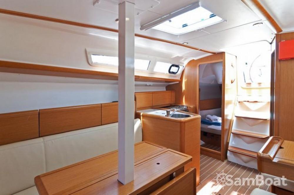 Jeanneau Sun Odyssey 33i entre particuliers et professionnel à Split