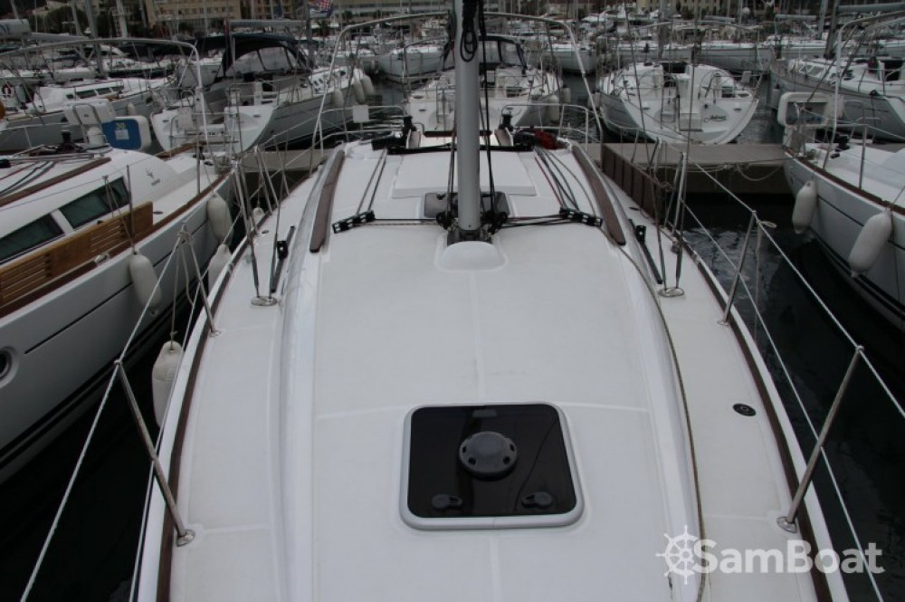 Location bateau Jeanneau Sun Odyssey 36i à Split sur Samboat