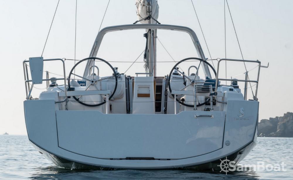 Segelboot mit oder ohne Skipper Bénéteau mieten in Cannigione