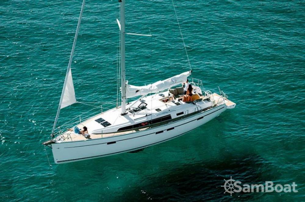 Ein Bavaria Cruiser 46 mieten in Follonica