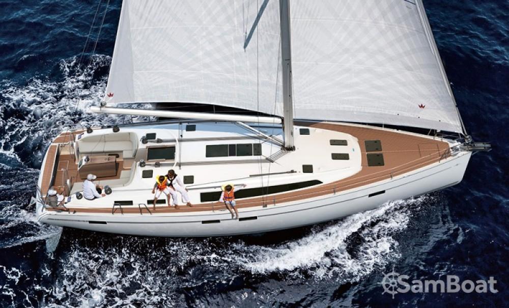 Bavaria Cruiser 51 zwischen Privatpersonen und professionellem Anbieter Salerno