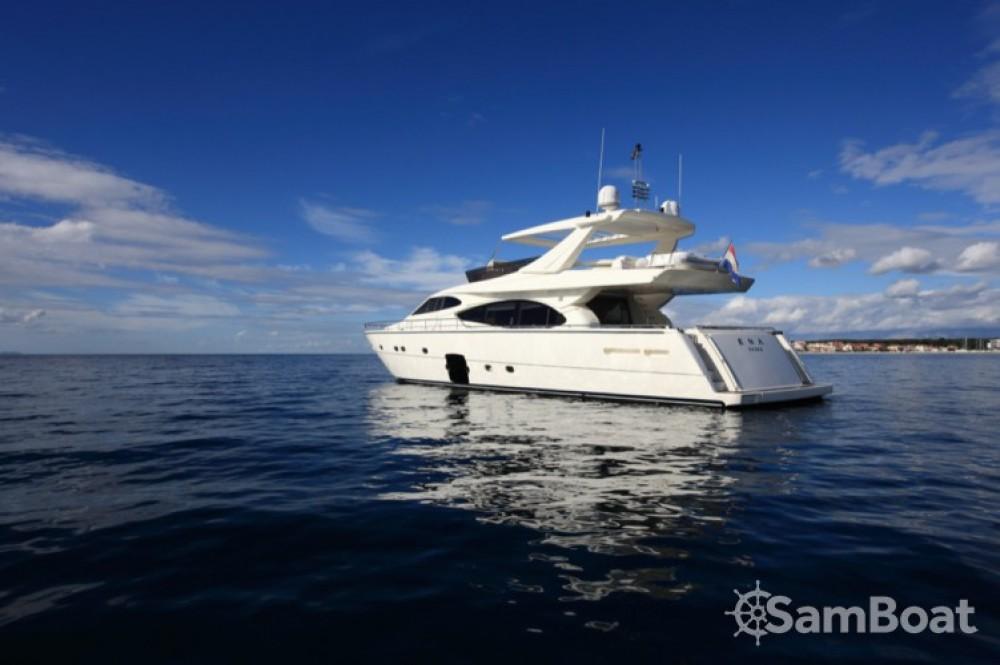 Yachten mit oder ohne Skipper Ferretti-Yachts-Group mieten in Zadar