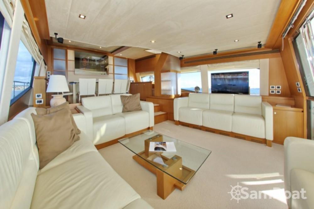 Ein Ferretti-Yachts-Group Ferretti 780 HT mieten in Zadar