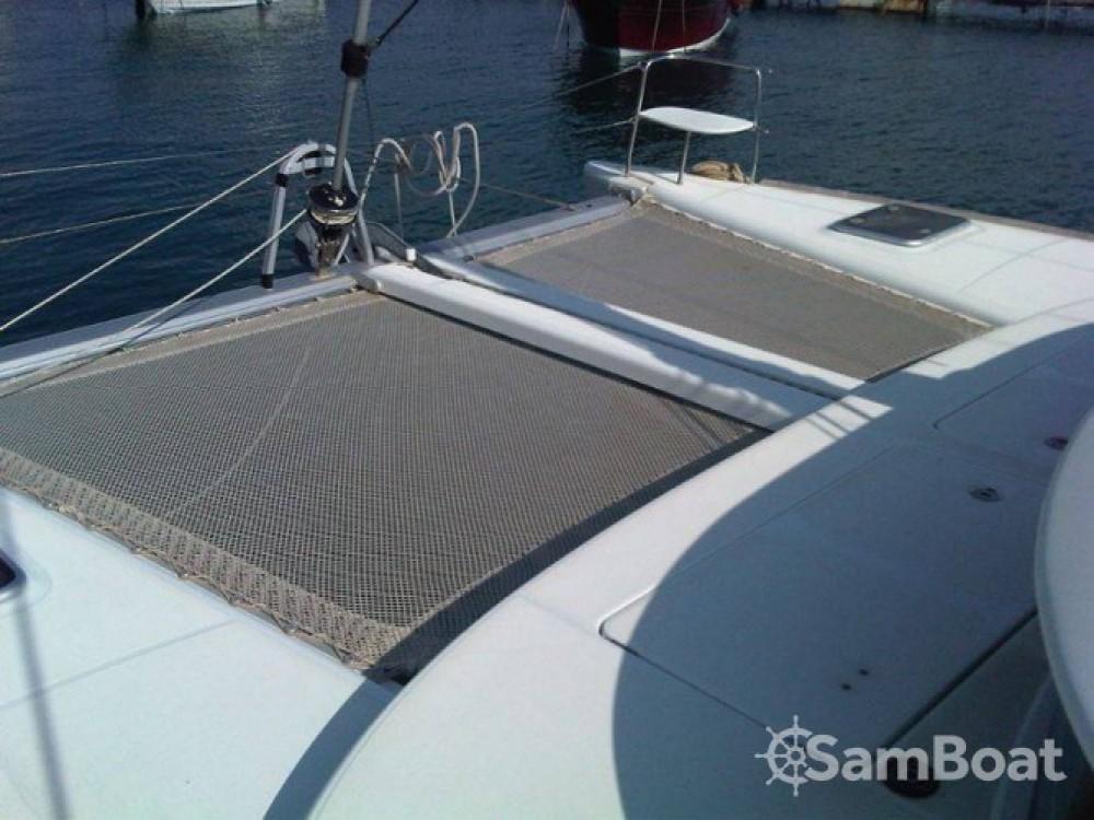 Yacht-Charter in Salerno - Lagoon Lagoon 380 auf SamBoat