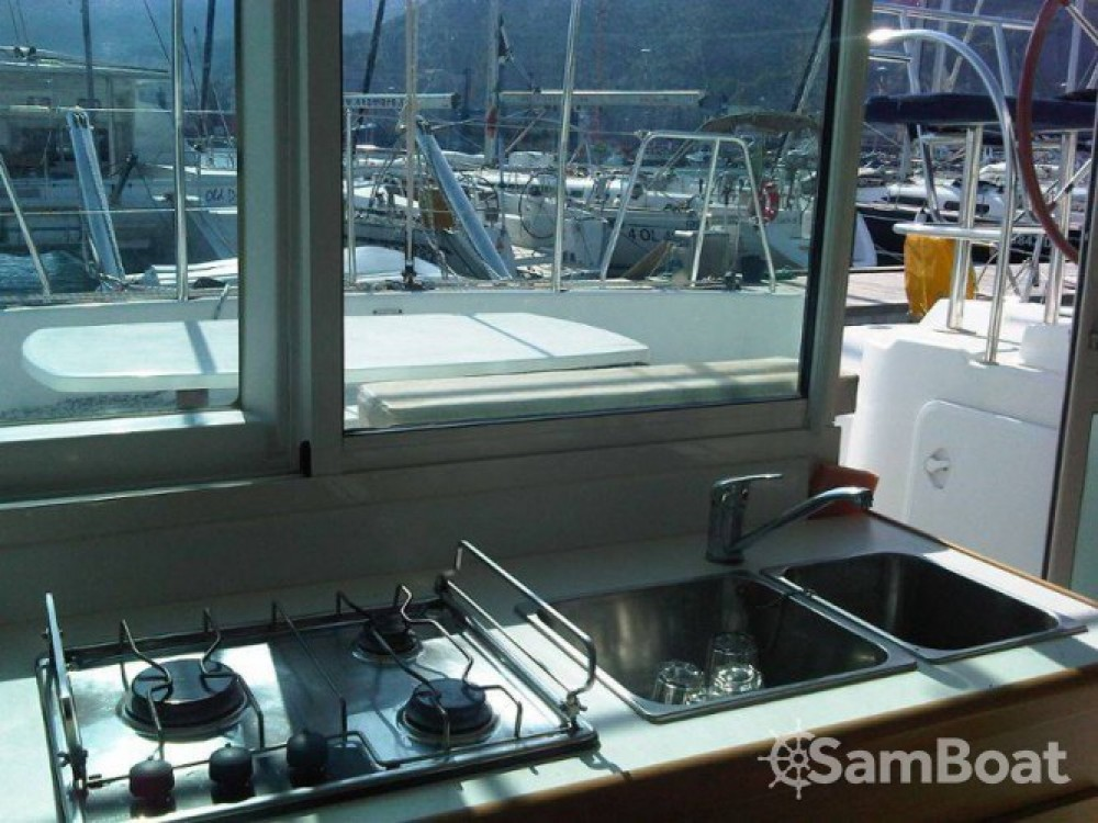 Bootsverleih Salerno günstig Lagoon 380
