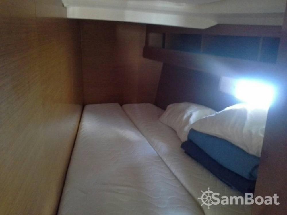 Bootsverleih Salerno günstig Sun Odyssey 469