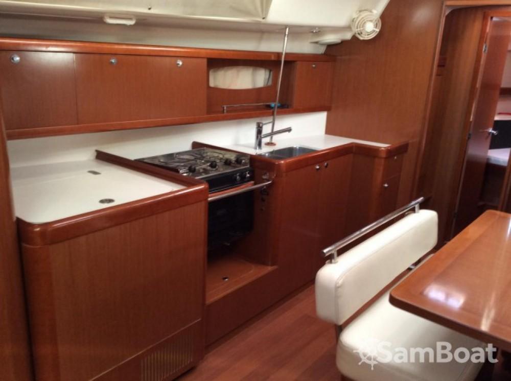 Yacht-Charter in Central Greece - Bénéteau Oceanis 43 auf SamBoat