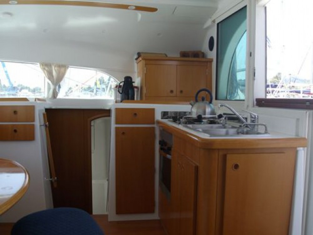 Lagoon Lagoon 380 zwischen Privatpersonen und professionellem Anbieter Lefkada