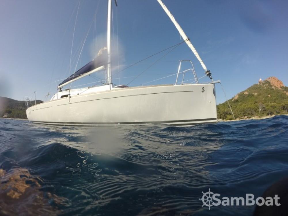 Segelboot mit oder ohne Skipper Bénéteau mieten in Saint-Raphaël