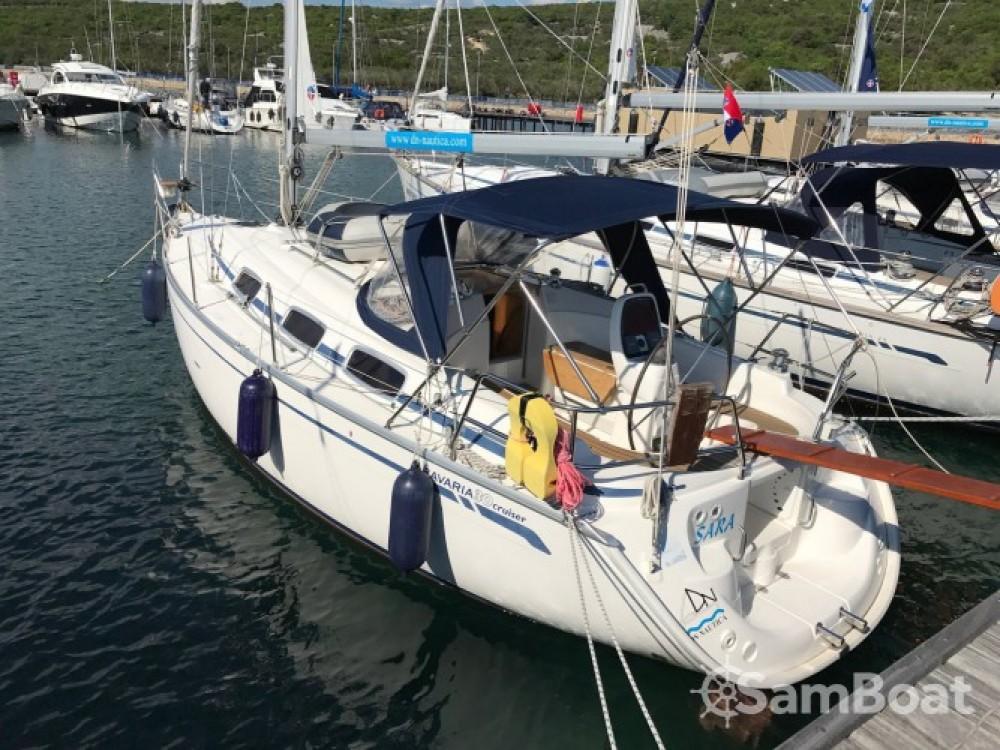 Louez un Bavaria Cruiser 30 à Marina Punat