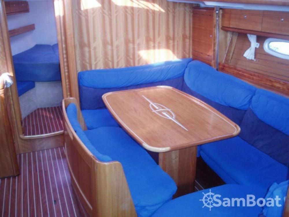 Bootsverleih Bavaria Cruiser 39 Marina Punat Samboat