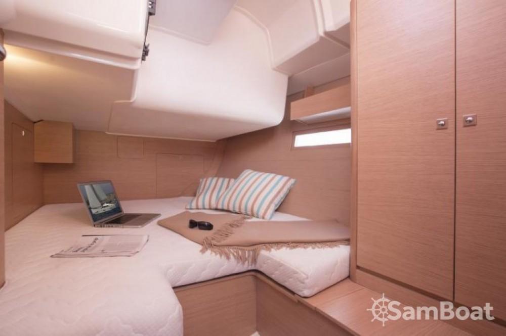Segelboot mit oder ohne Skipper Dufour mieten in Marina da Horta