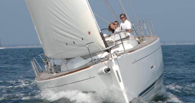 Location bateau Ponta Delgada (São Pedro) pas cher Dufour 450 Grand Large