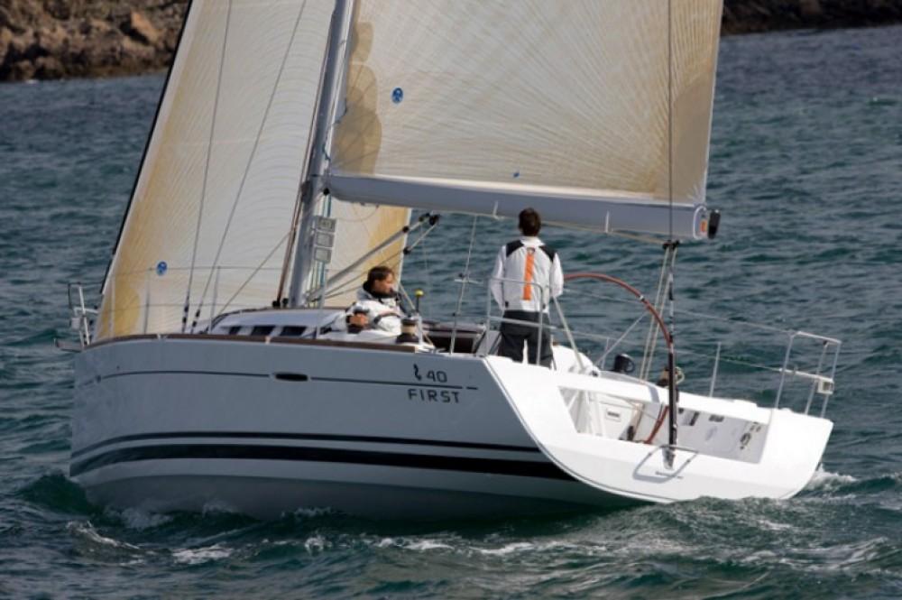 Segelboot mit oder ohne Skipper Bénéteau mieten in Central Greece