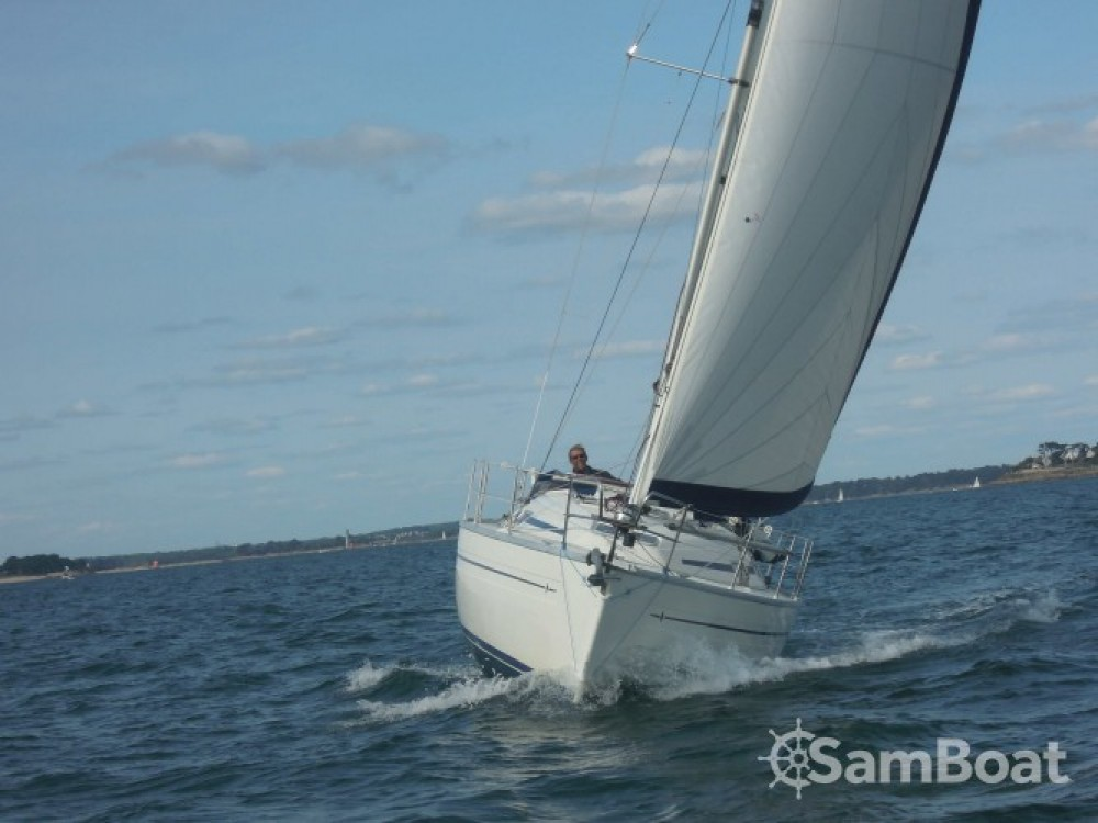 Bootverhuur La Trinité-sur-Mer goedkoop Bavaria 32