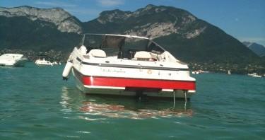 Louez un Maxum 2200SR3 à Annecy