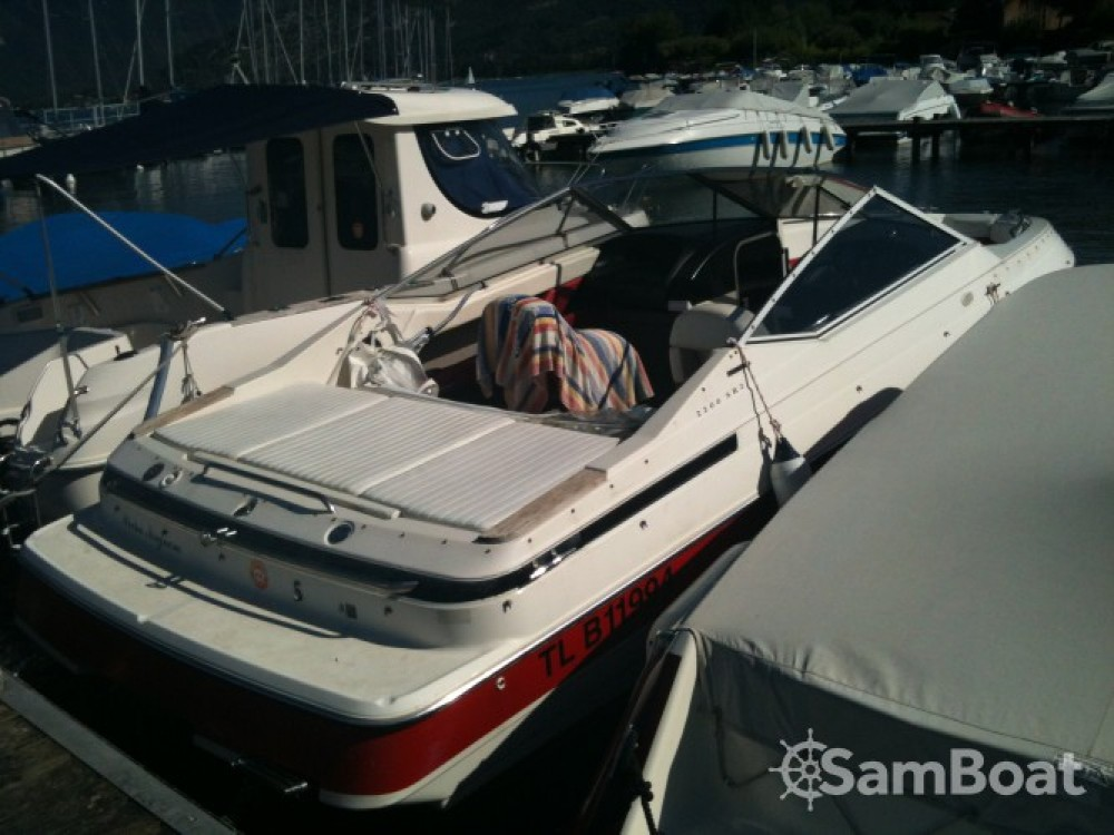 Location bateau Maxum 2200SR3 à Annecy sur Samboat