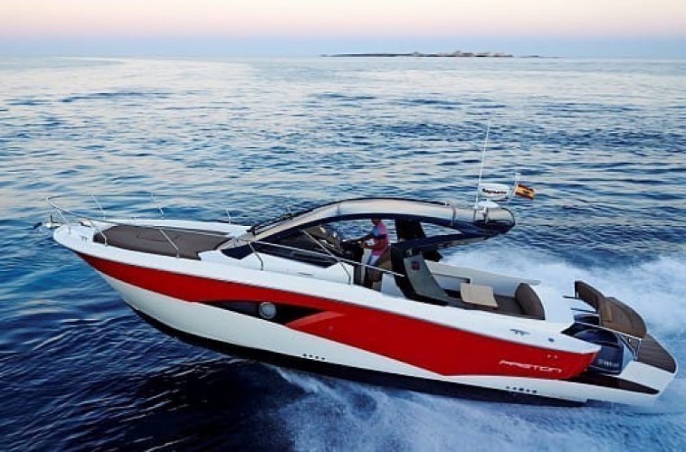 Location Bateau à moteur à Cannes - Faeton Formentera 36
