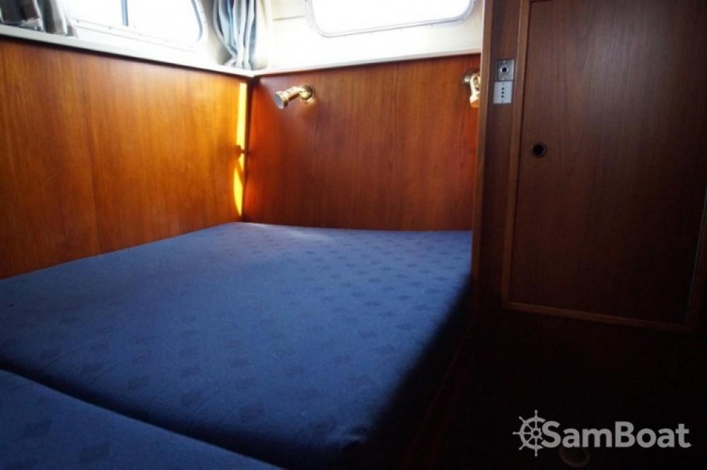 Location bateau La Ferté-sous-Jouarre pas cher VEDETTE HOLLANDAISE