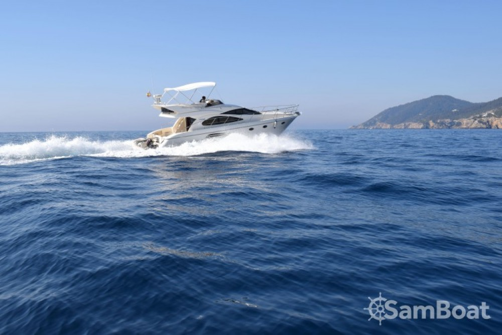 Rental Motor boat Astondoa with a permit