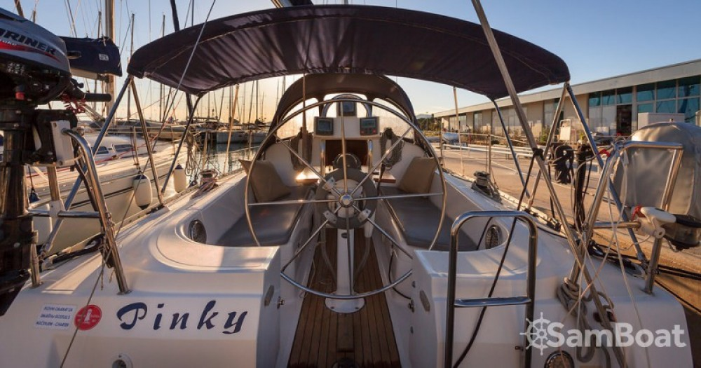Bootsverleih Elan Elan 333 Marina Kaštela Samboat