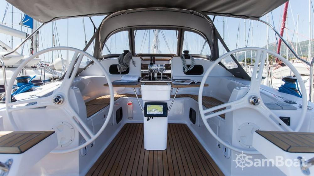 Segelboot mit oder ohne Skipper Elan mieten in Marina Kaštela
