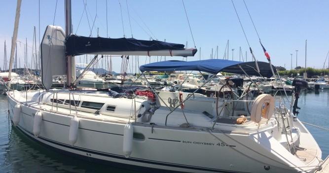 Louez un Jeanneau Sun Odyssey 45 à Toulon