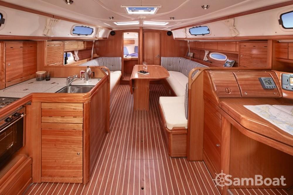 Bootsverleih Bavaria Cruiser 37 Pirovac Samboat