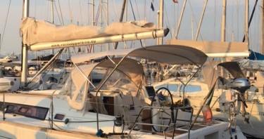 Bénéteau Oceanis 34 entre particuliers et professionnel à Vibo Valentia