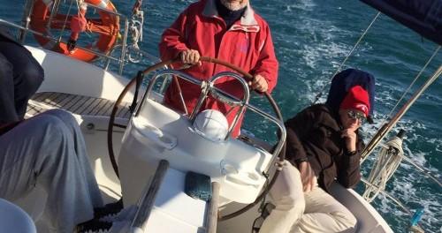 Location bateau Bénéteau Oceanis 411 à Salerno sur Samboat