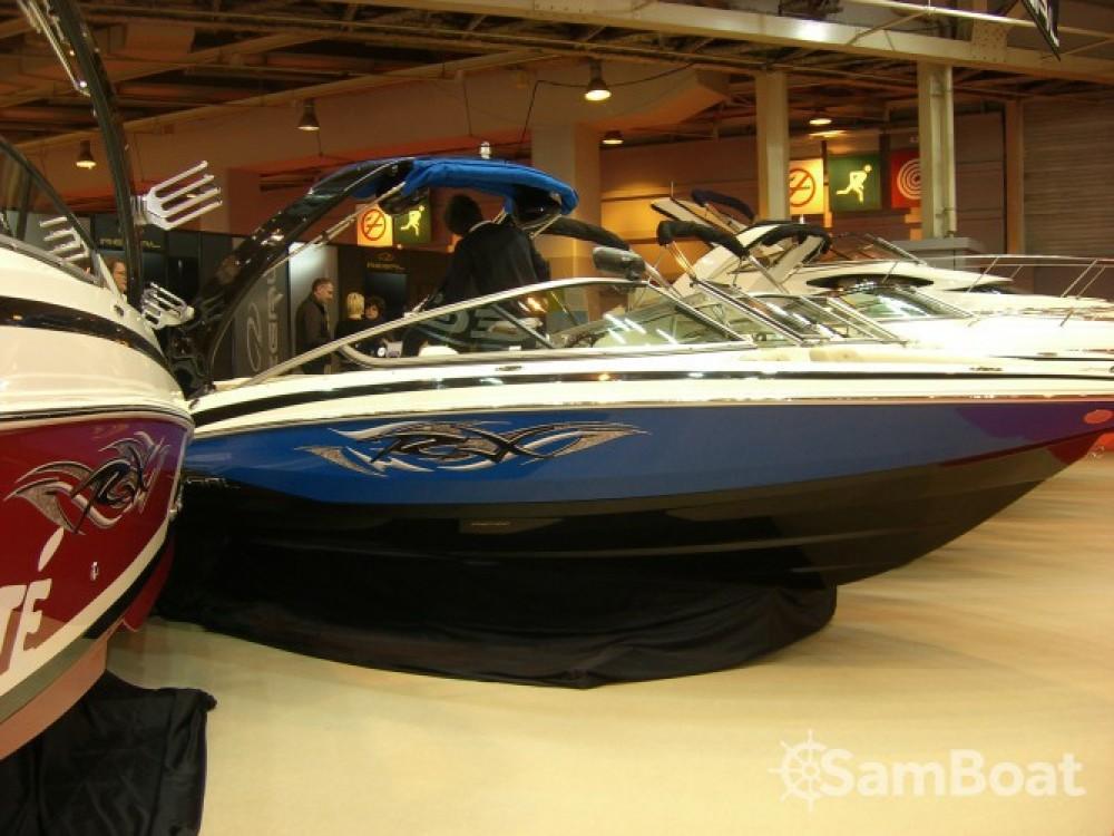 Rental Motor boat in Aix-les-Bains - Régal 2100 RX