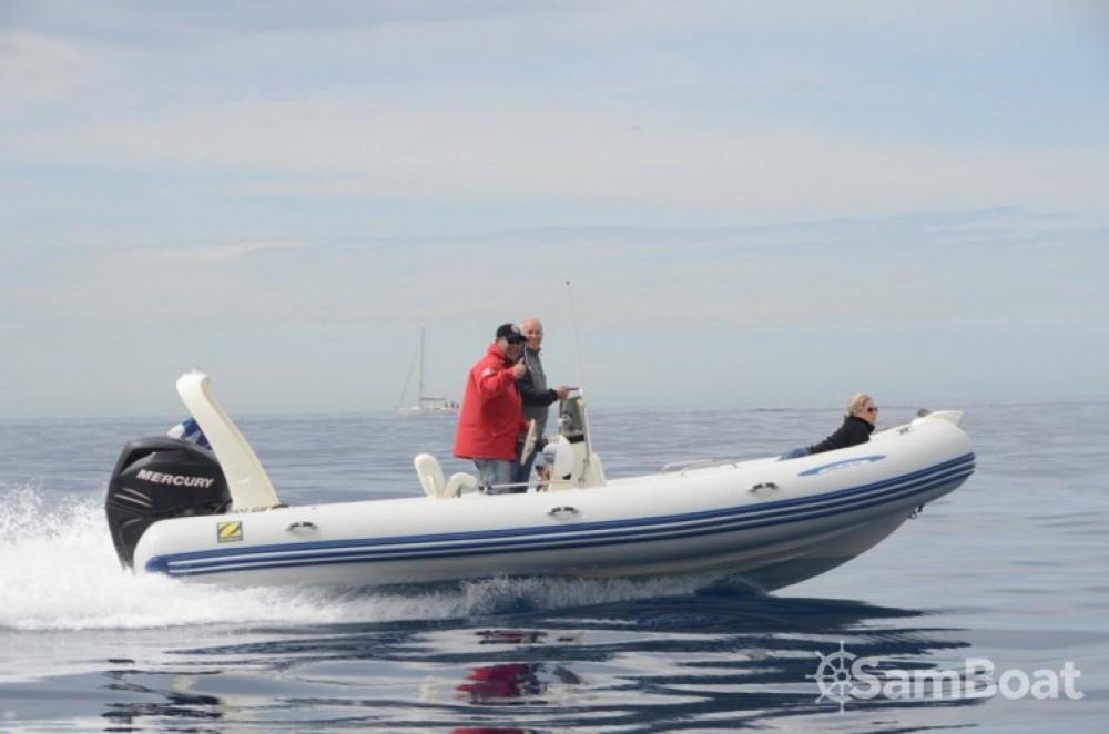 Vermietung Schlauchboot Zodiac mit Führerschein